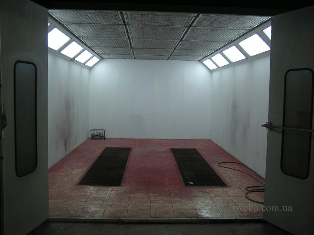 Used spray booth
